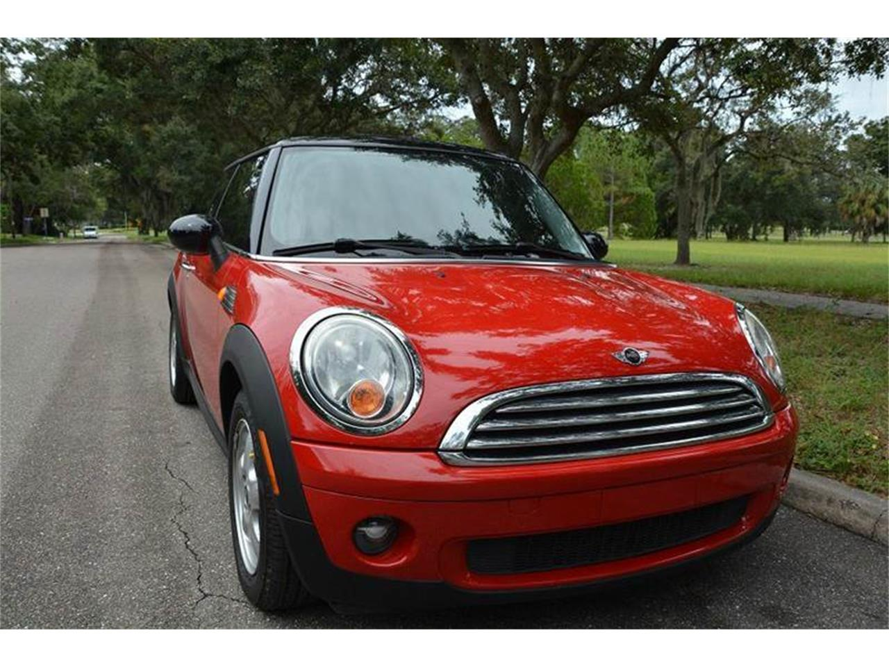 Large Picture of '07 MINI Cooper located in Florida Offered by PJ's Auto World - JJP2