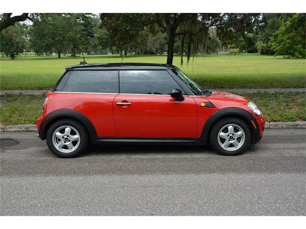 Large Picture of 2007 MINI Cooper located in Florida - $9,500.00 Offered by PJ's Auto World - JJP2