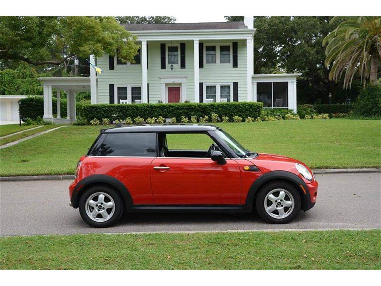 Large Picture of 2007 MINI Cooper located in Clearwater Florida Offered by PJ's Auto World - JJP2
