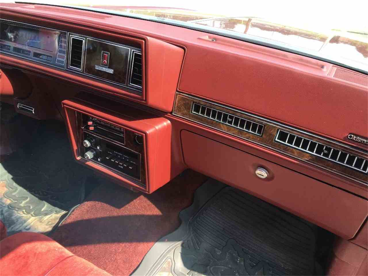 Large Picture of '84 CUTLASS SUPREME SPECIAL EDITION - JJXE