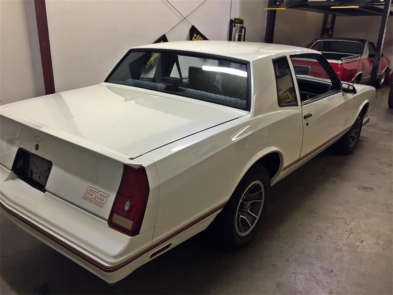 Large Picture of 1988 Chevrolet Monte Carlo SS located in Georgia - JJZ7