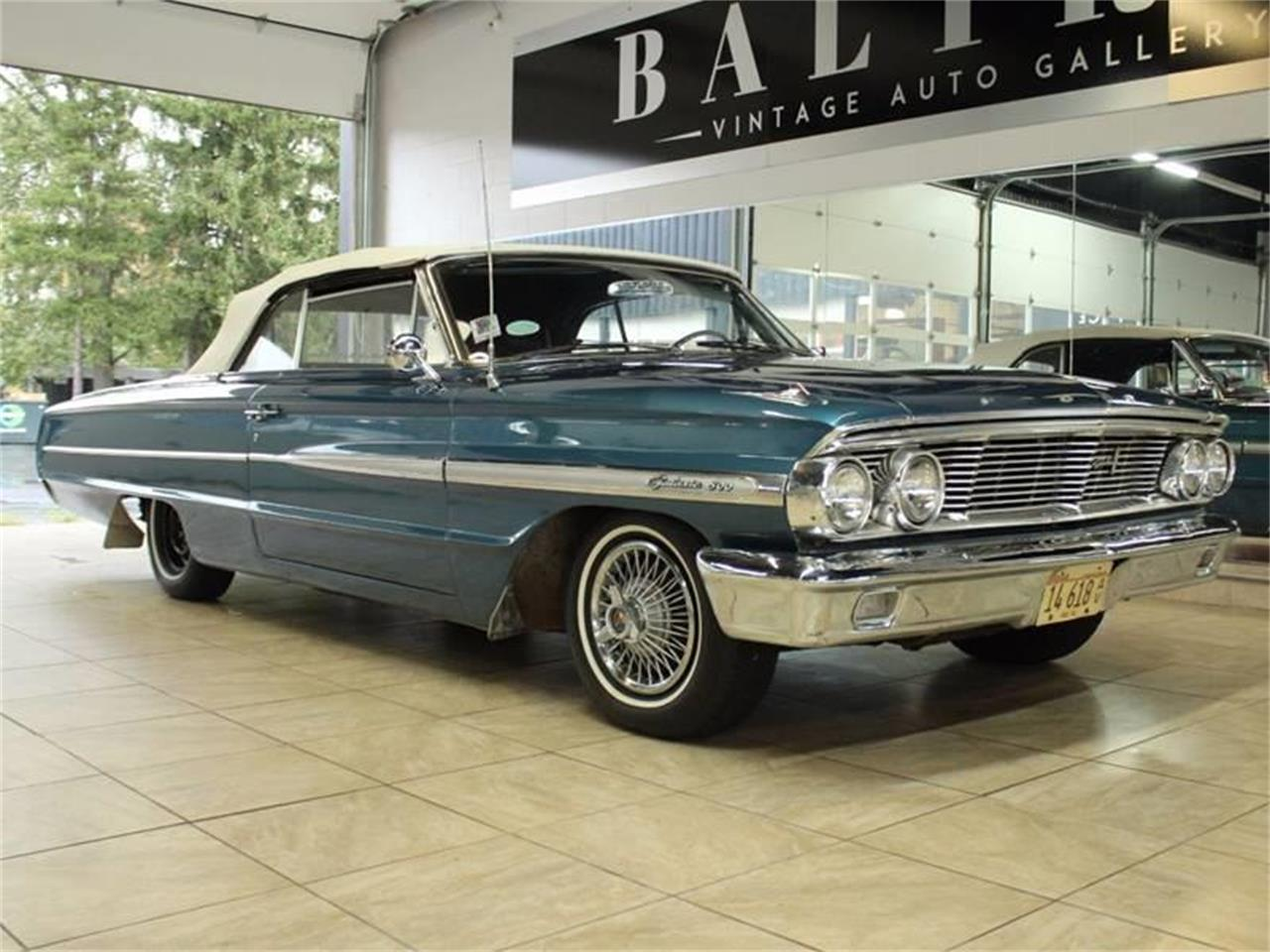 Large Picture of Classic 1964 Ford Galaxie 500 located in St. Charles Illinois - JK8F