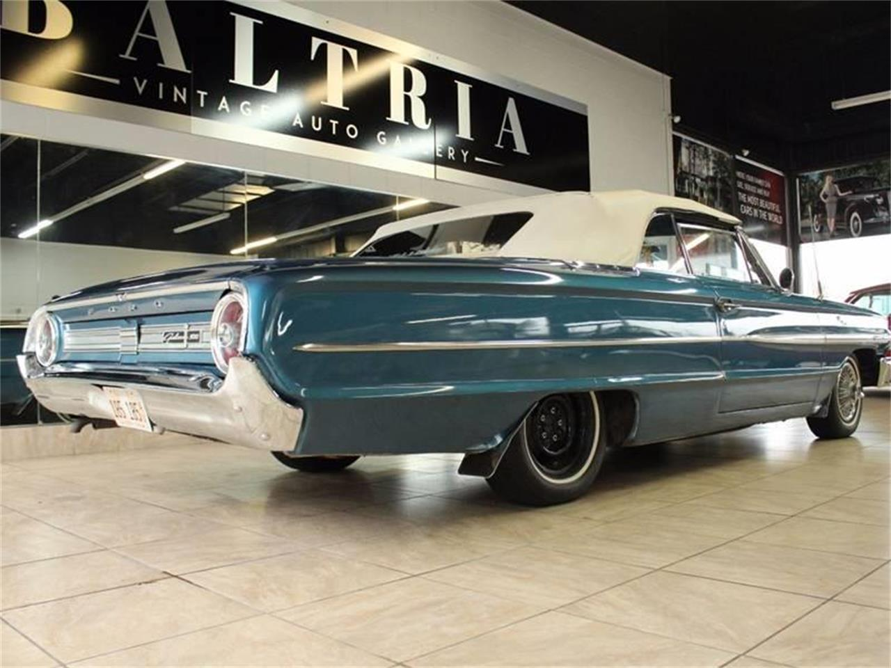 Large Picture of Classic 1964 Ford Galaxie 500 located in St. Charles Illinois Offered by Classics & Custom Auto - JK8F