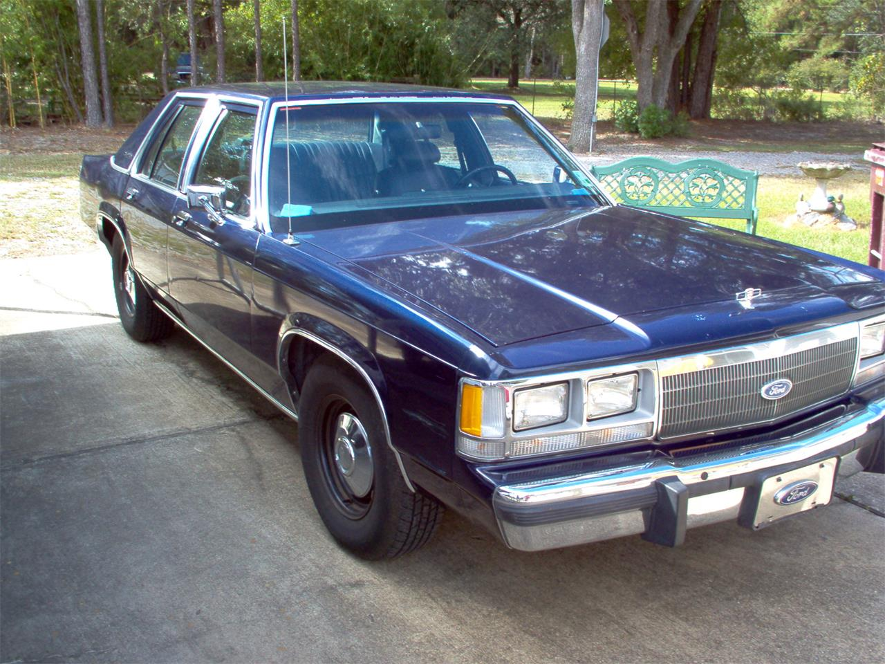 Large Picture of '91 Crown Victoria - JK9F
