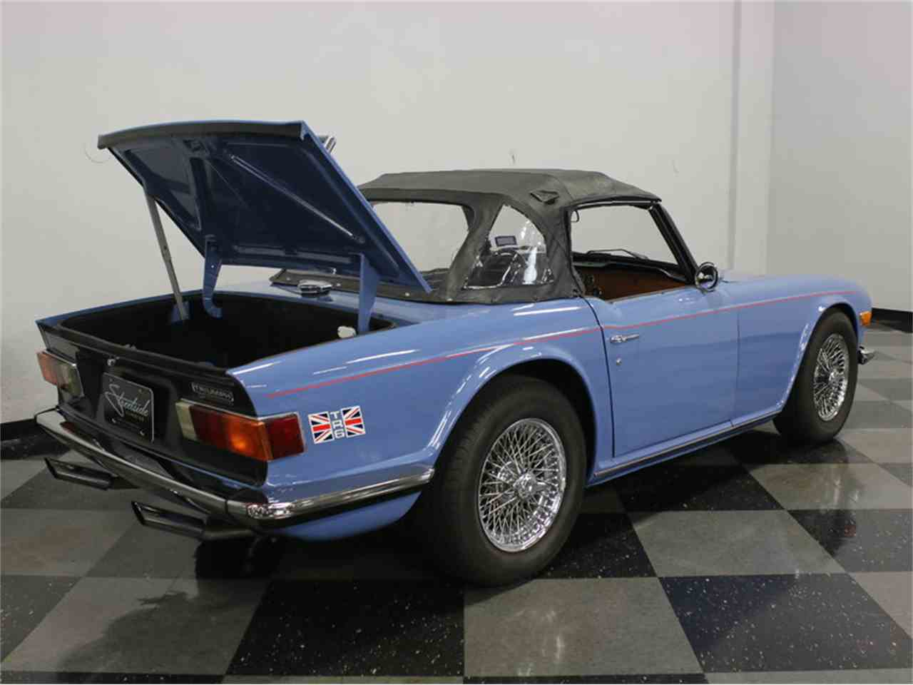 Large Picture of '74 TR6 - JKF8