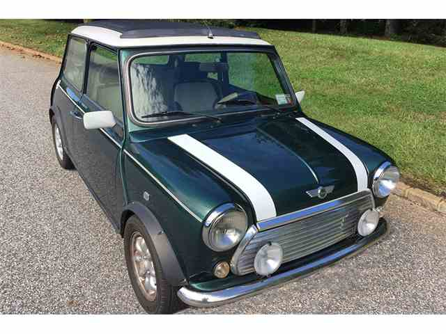 Picture of Classic '66 MINI Cooper located in Southampton New York - $22,500.00 Offered by  - JKH7