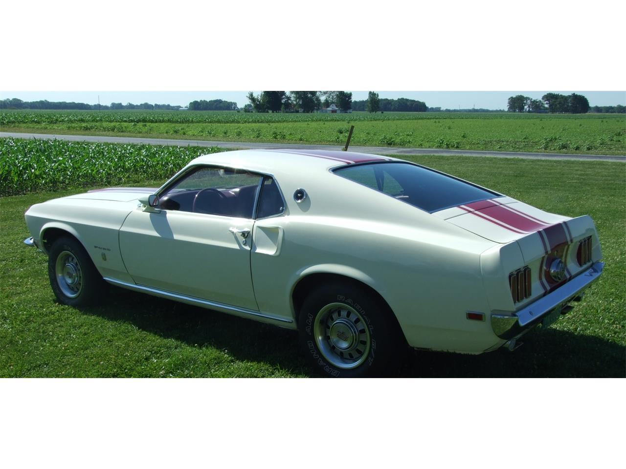 Large Picture of '69 Ford Mustang Offered by Auto Connection, Inc. - JKJU