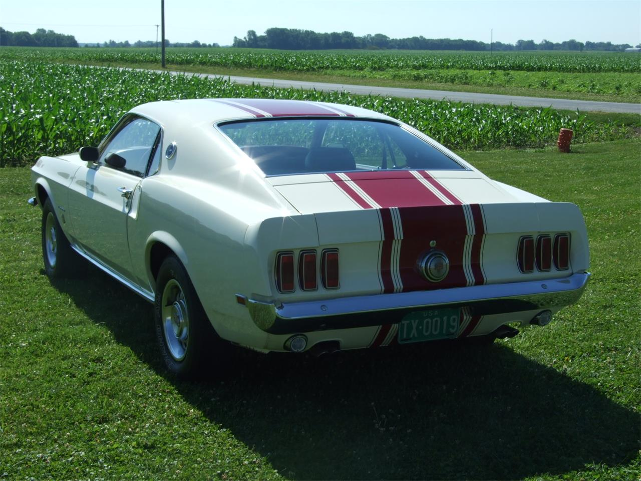 Large Picture of Classic 1969 Ford Mustang located in Indiana Offered by Auto Connection, Inc. - JKJU
