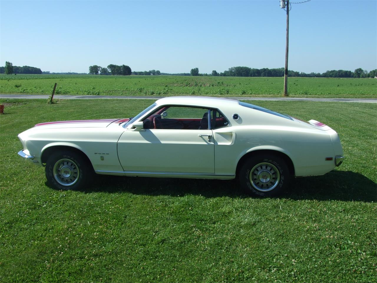 Large Picture of 1969 Ford Mustang located in Indiana - JKJU