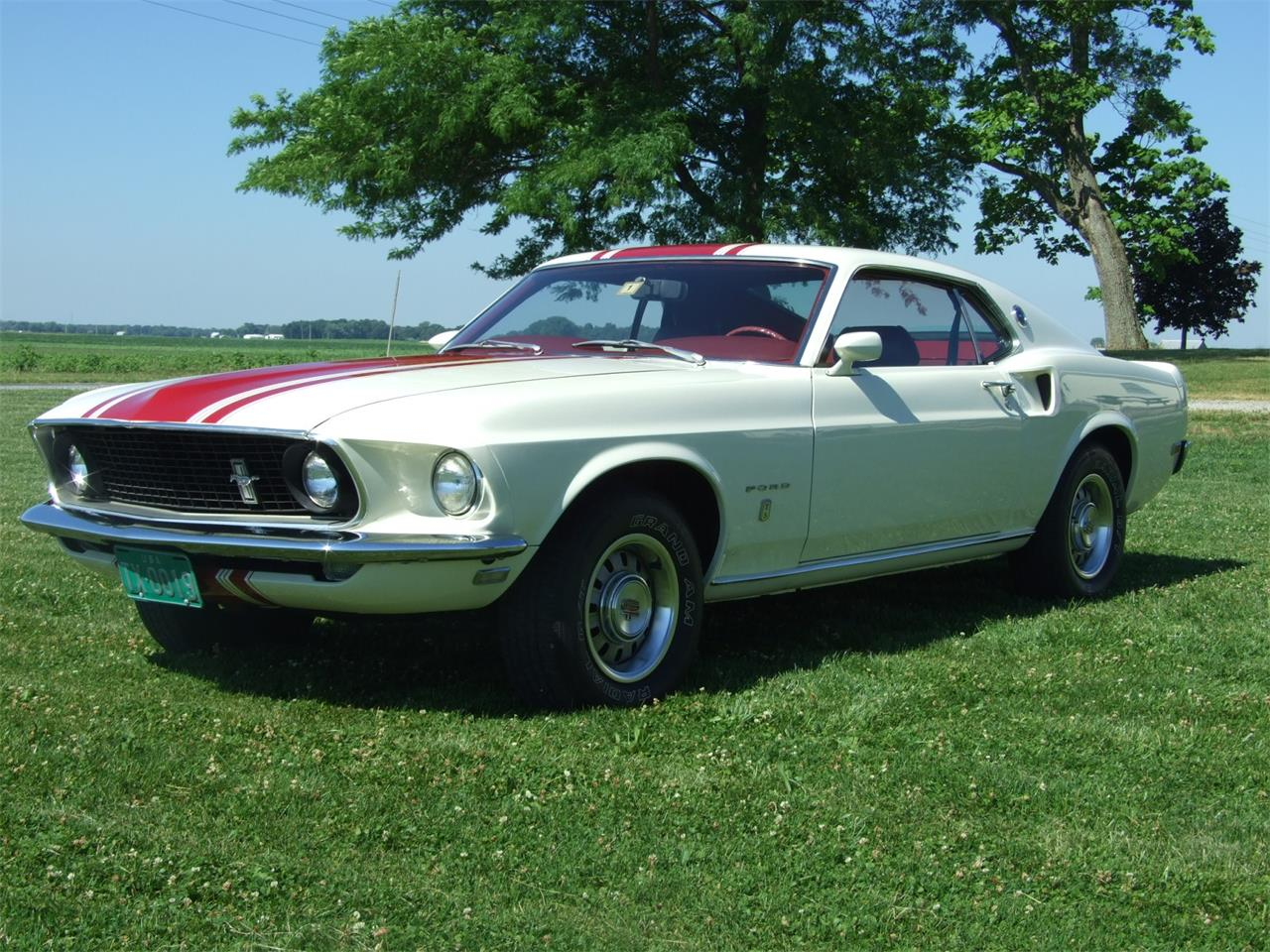 Large Picture of '69 Mustang located in Monticello Indiana Offered by Auto Connection, Inc. - JKJU