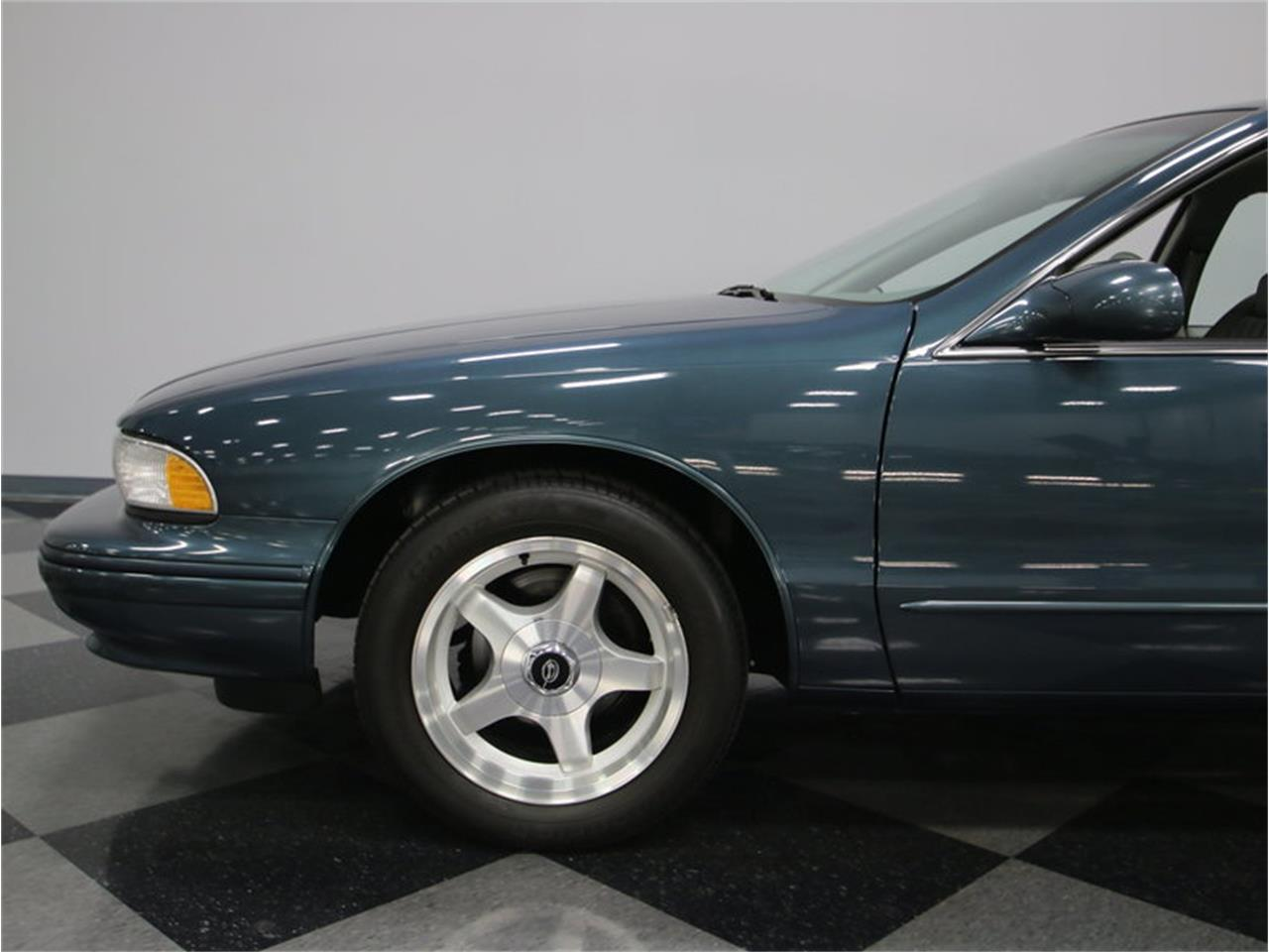 Large Picture of '96 Impala SS - JKX4
