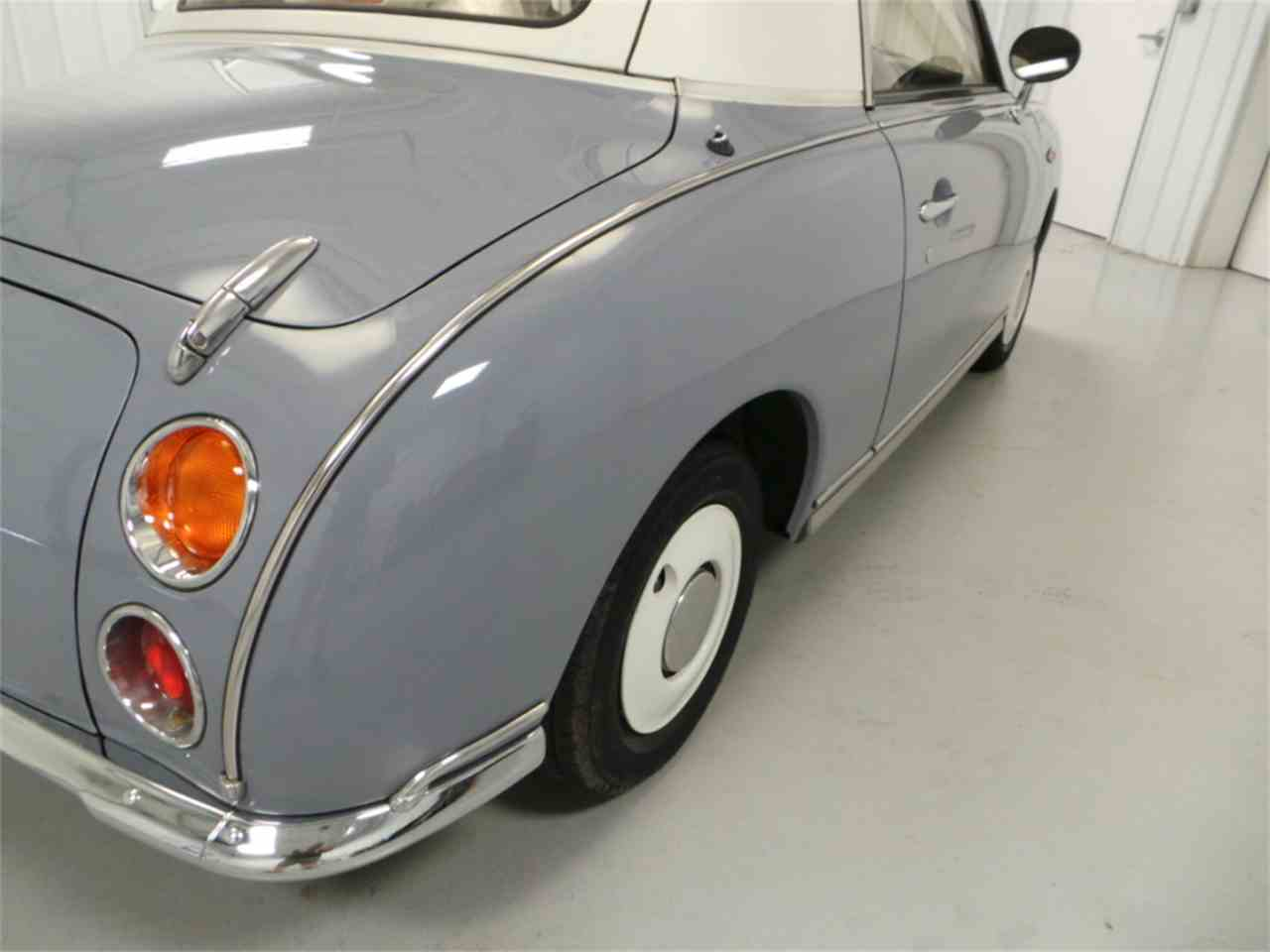 Large Picture of 1991 Nissan Figaro located in Christiansburg Virginia - $14,569.00 - JL5M