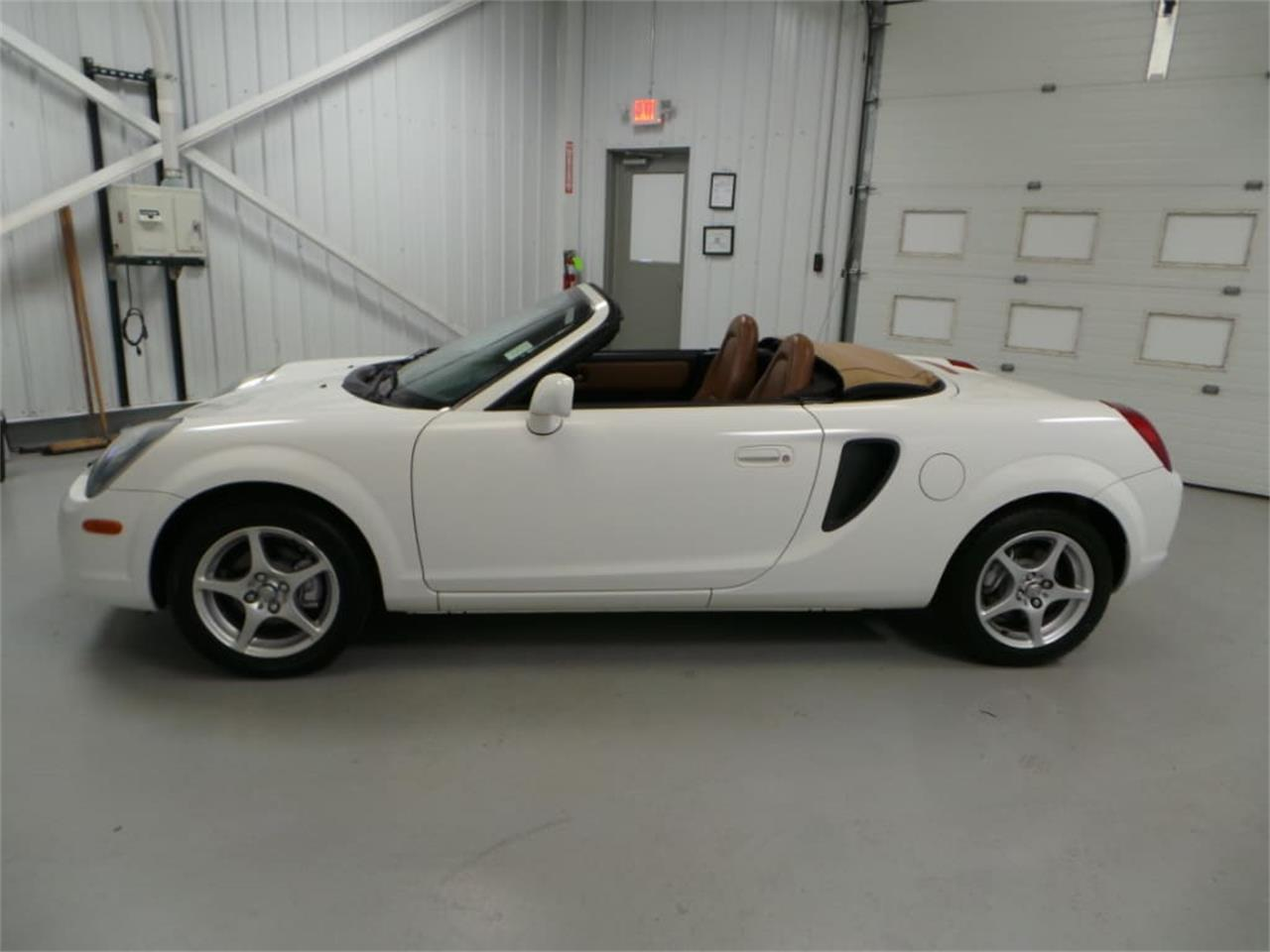 Large Picture of 2001 MR2 Spyder located in Christiansburg Virginia - $13,908.00 Offered by Duncan Imports & Classic Cars - JL89