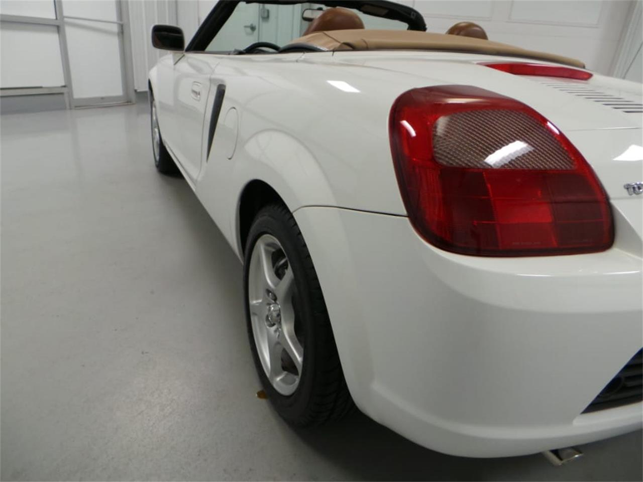 Large Picture of 2001 Toyota MR2 Spyder located in Virginia - $13,908.00 Offered by Duncan Imports & Classic Cars - JL89