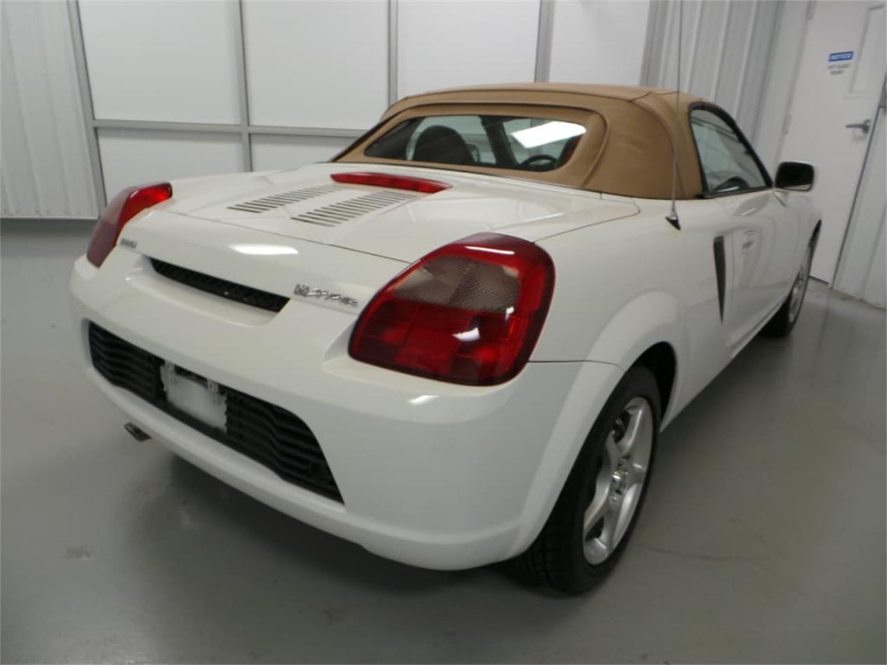 Large Picture of '01 Toyota MR2 Spyder Offered by Duncan Imports & Classic Cars - JL89