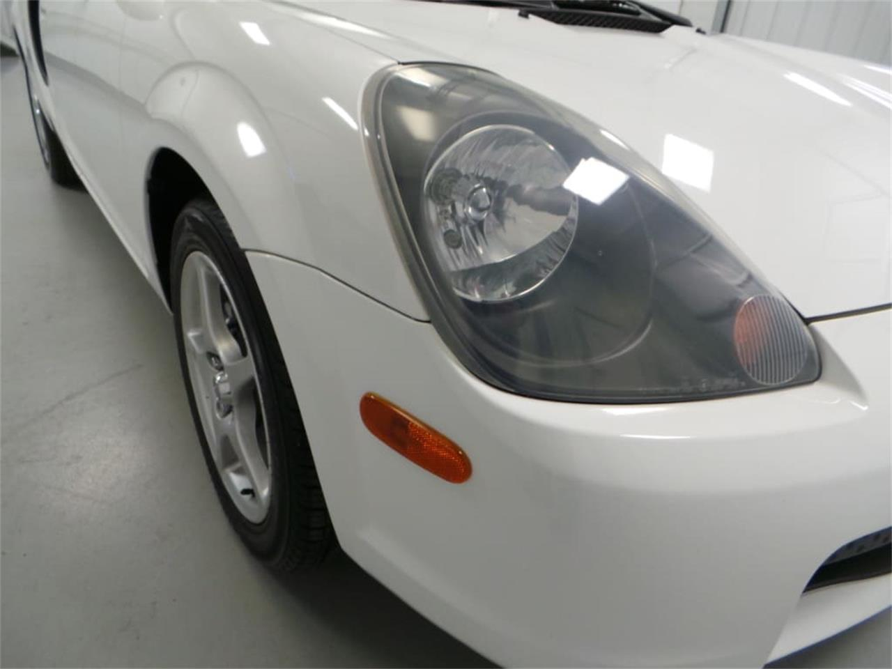 Large Picture of '01 Toyota MR2 Spyder located in Virginia Offered by Duncan Imports & Classic Cars - JL89