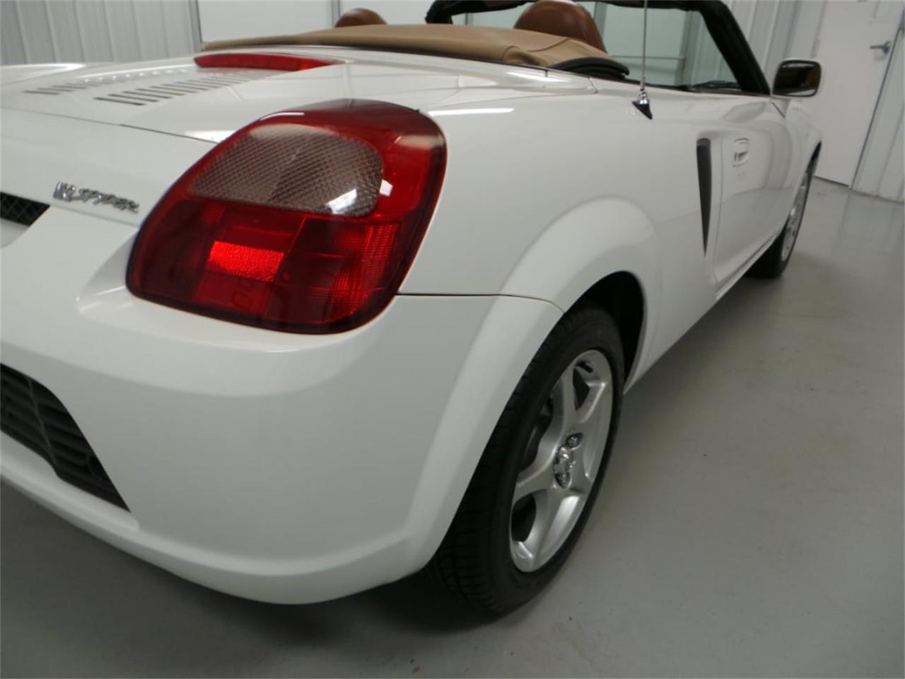 Large Picture of 2001 Toyota MR2 Spyder Offered by Duncan Imports & Classic Cars - JL89