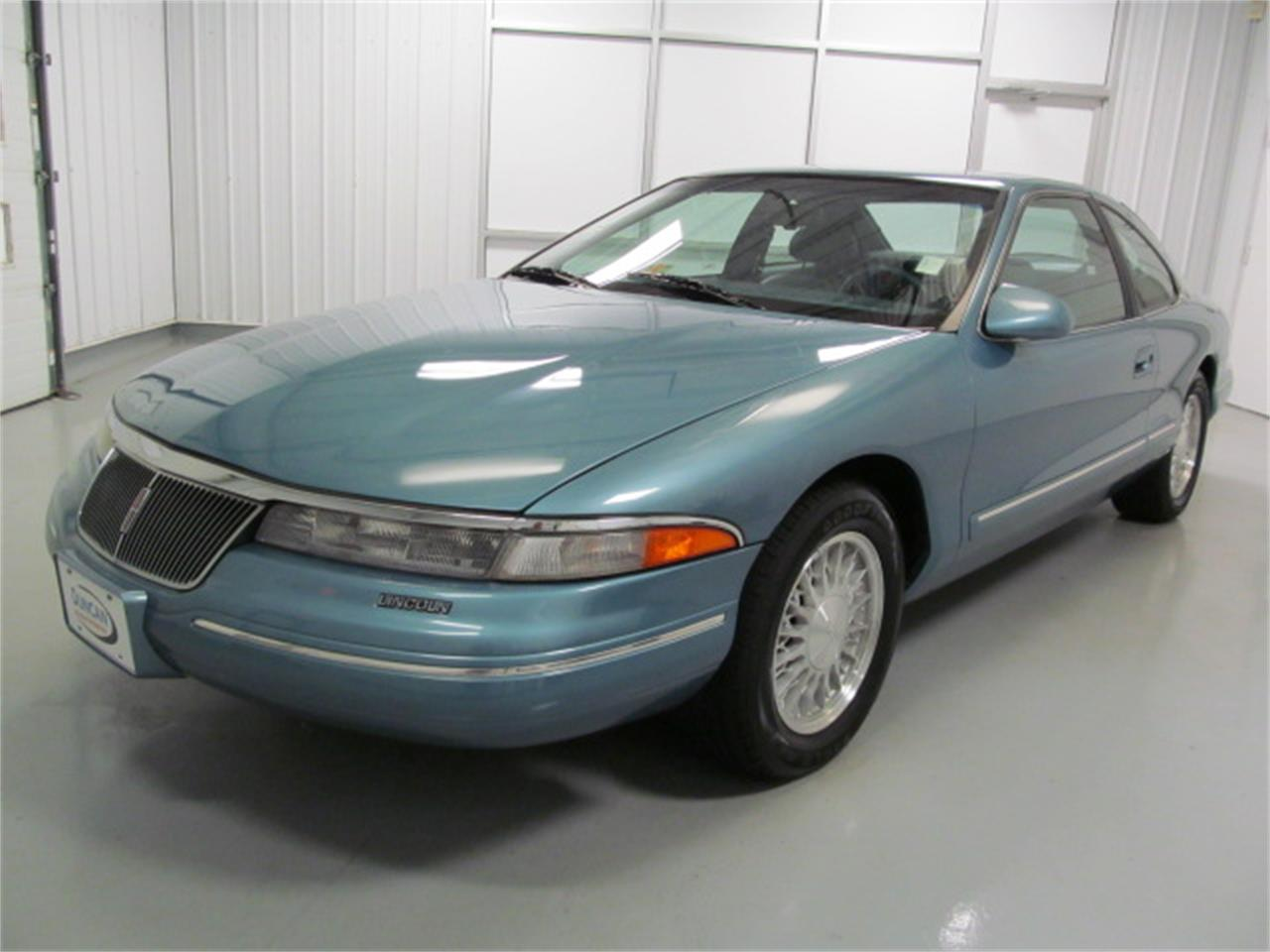 Large Picture of 1993 Lincoln Mark VIII located in Christiansburg Virginia - $9,900.00 Offered by Duncan Imports & Classic Cars - JL9Z