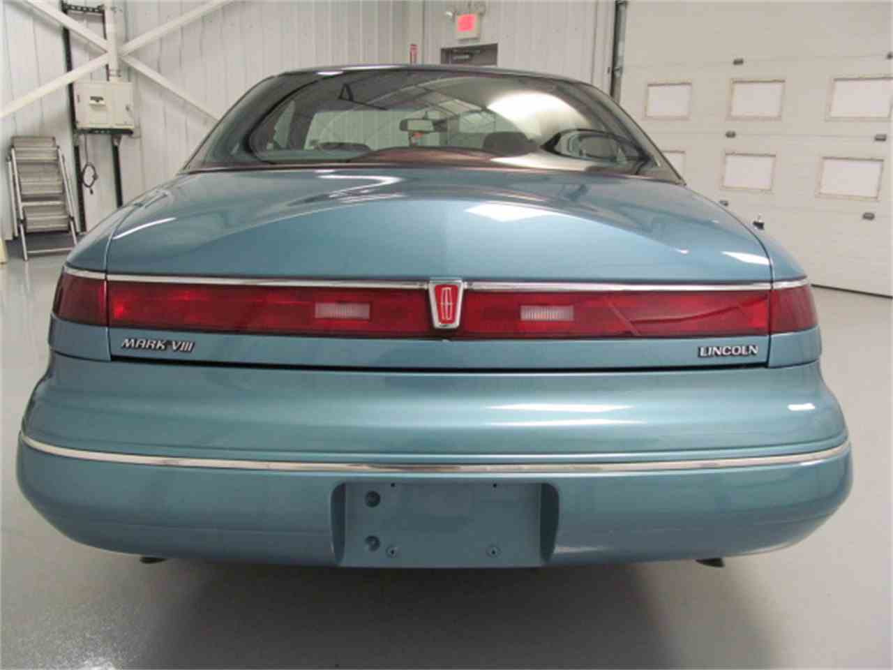 Large Picture of 1993 Mark VIII located in Virginia Offered by Duncan Imports & Classic Cars - JL9Z