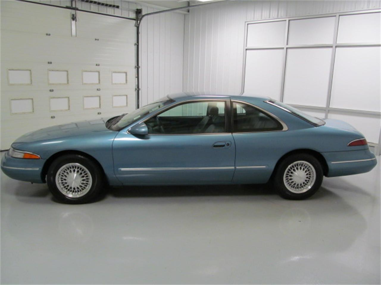 Large Picture of '93 Mark VIII located in Christiansburg Virginia - $9,900.00 Offered by Duncan Imports & Classic Cars - JL9Z