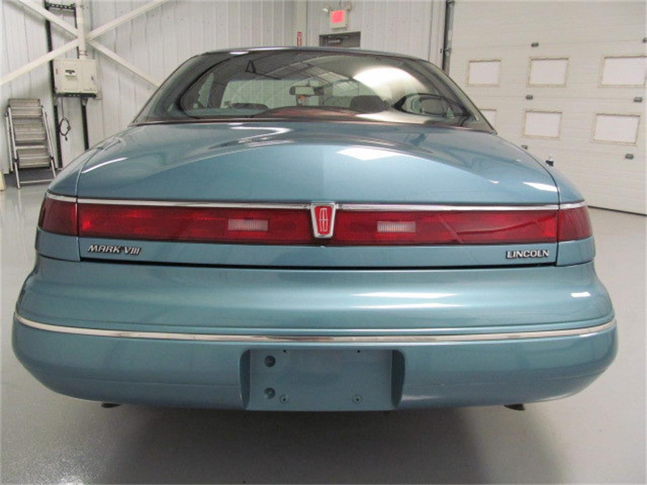 Large Picture of '93 Lincoln Mark VIII located in Virginia Offered by Duncan Imports & Classic Cars - JL9Z