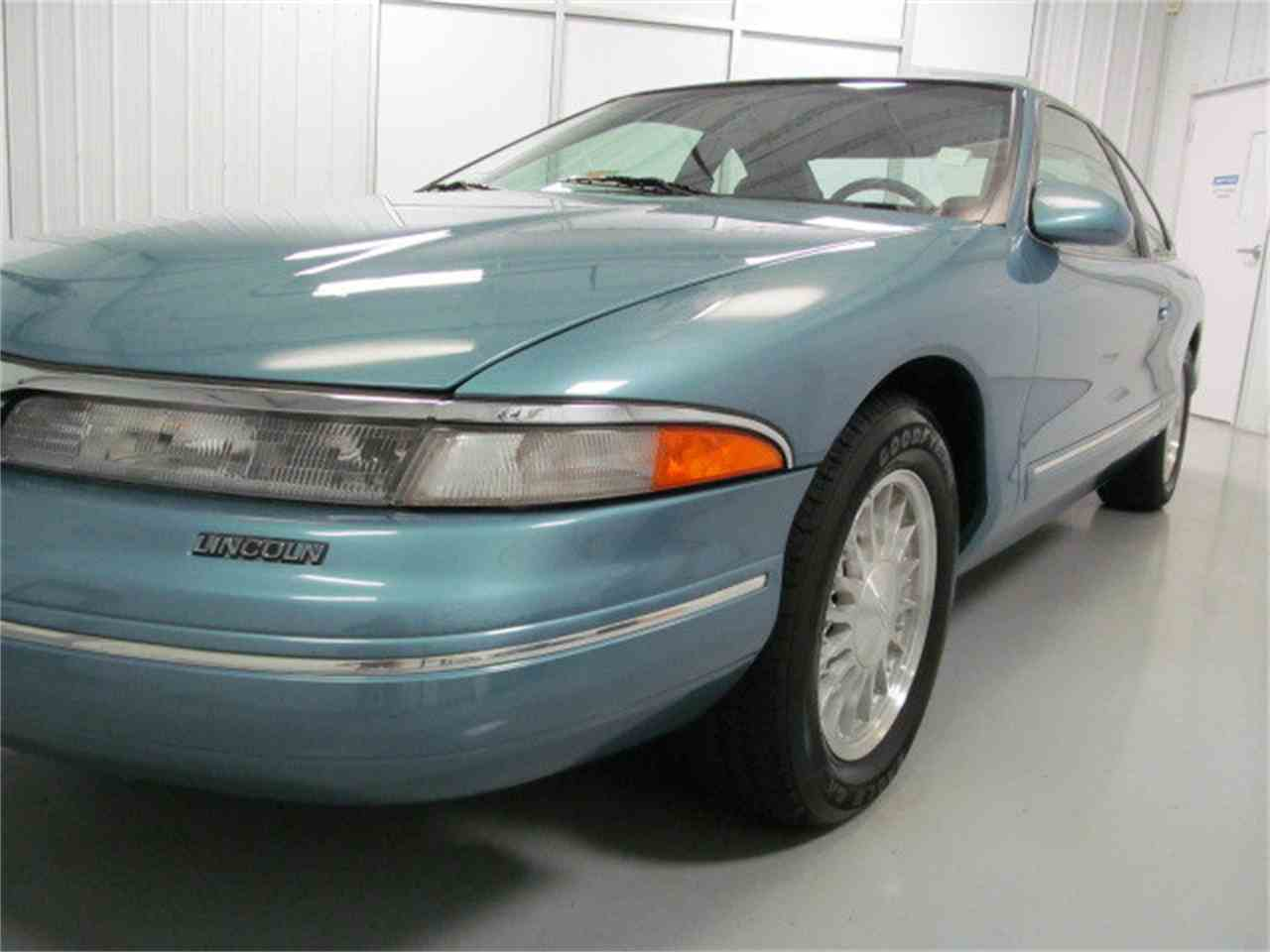 Large Picture of 1993 Mark VIII located in Virginia - JL9Z