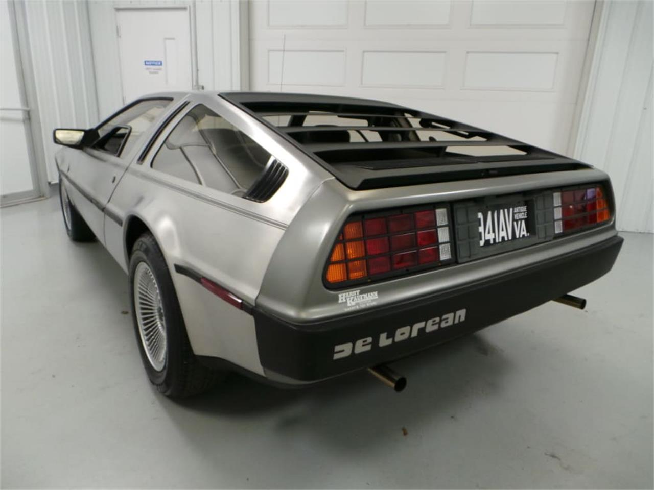 Large Picture of '81 DeLorean DMC-12 located in Christiansburg Virginia Offered by Duncan Imports & Classic Cars - JLCI