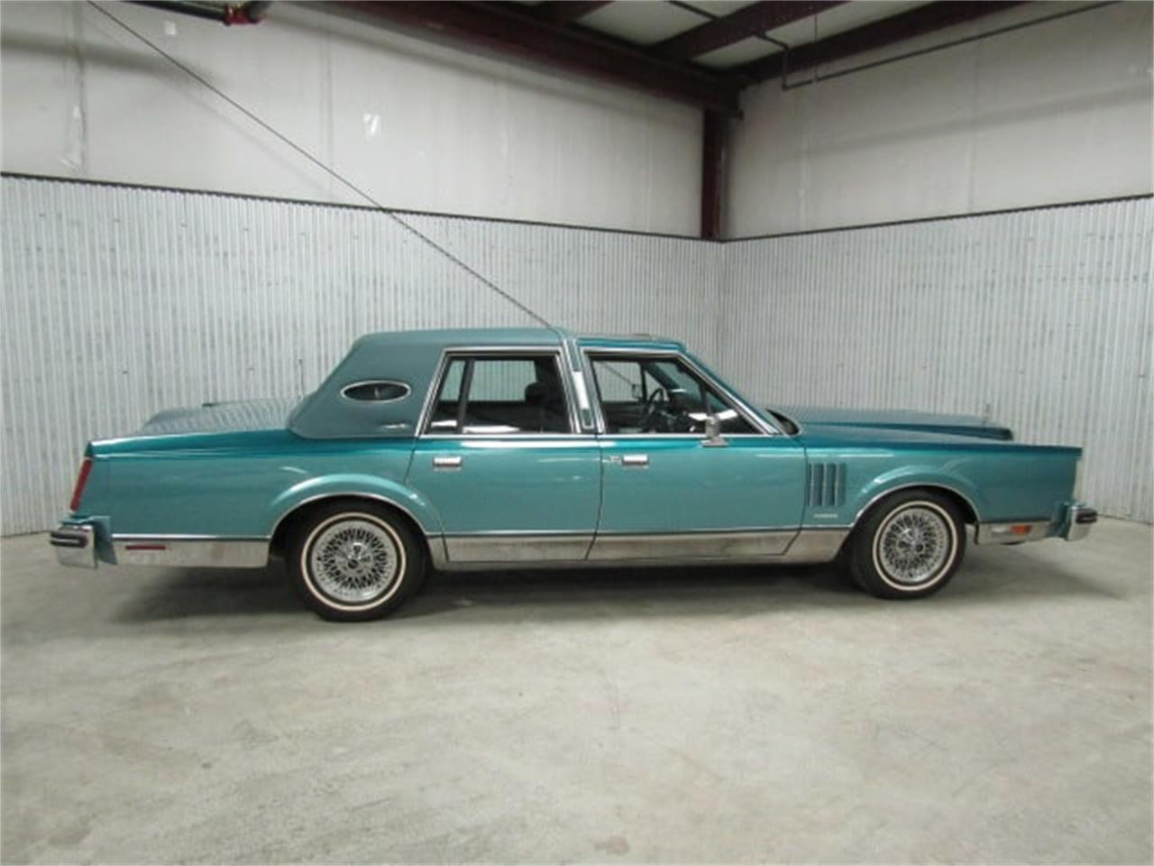 Large Picture of '83 Continental - JLDN