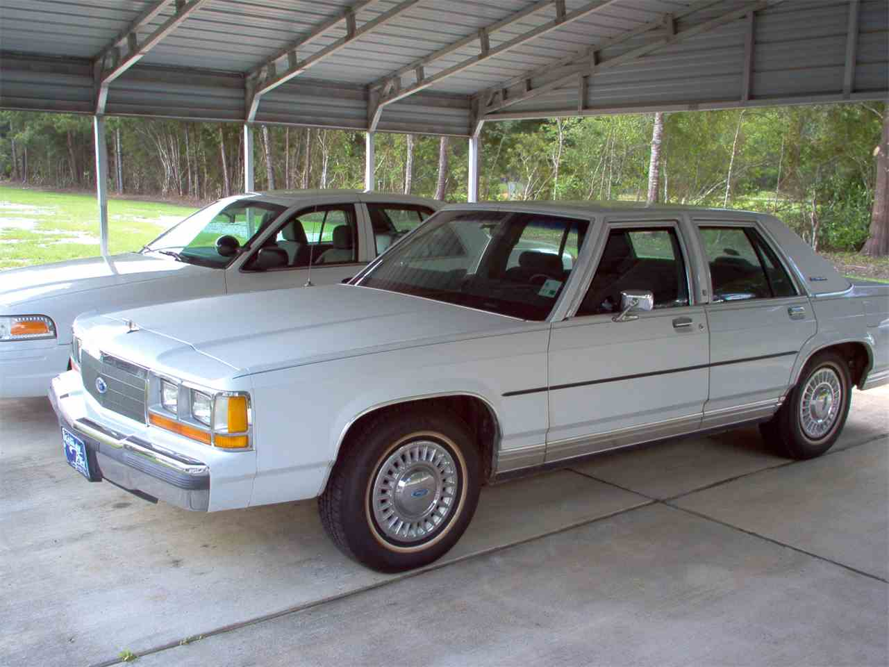 1989 Ford Crown Victoria for Sale | ClassicCars.com | CC-914190