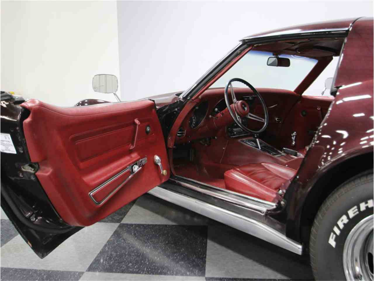 Large Picture of Classic '73 Corvette Offered by Streetside Classics - Nashville - JLH6