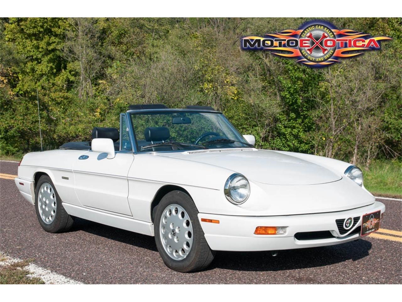 Large Picture of '93 Alfa Romeo Spider Offered by MotoeXotica Classic Cars - JIHY