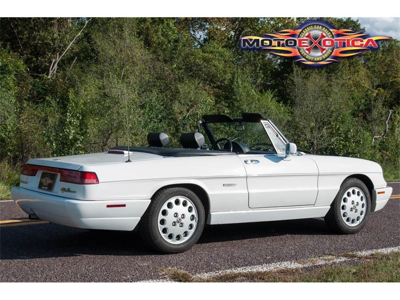 Large Picture of '93 Spider Auction Vehicle Offered by MotoeXotica Classic Cars - JIHY