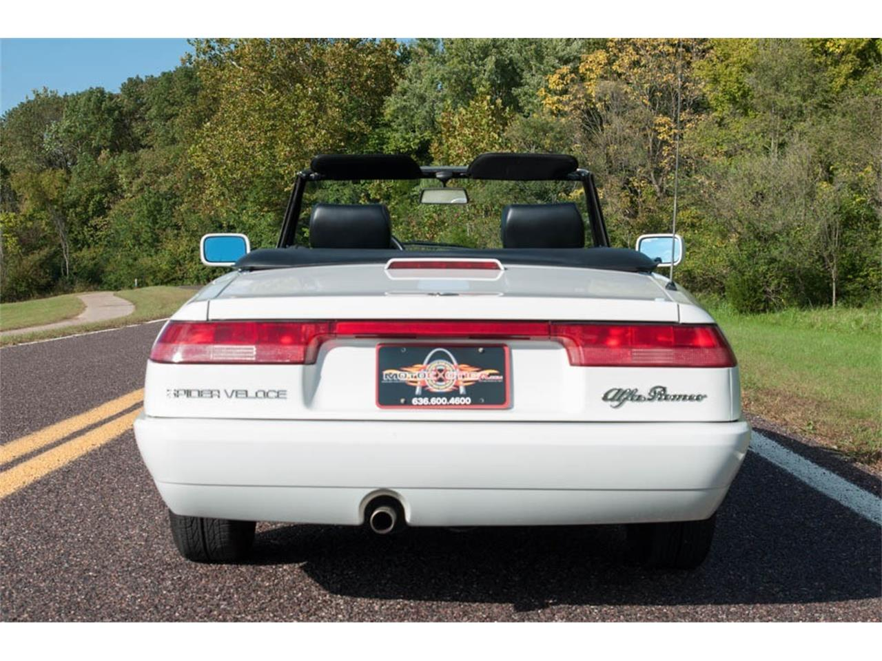 Large Picture of 1993 Alfa Romeo Spider located in Missouri - JIHY