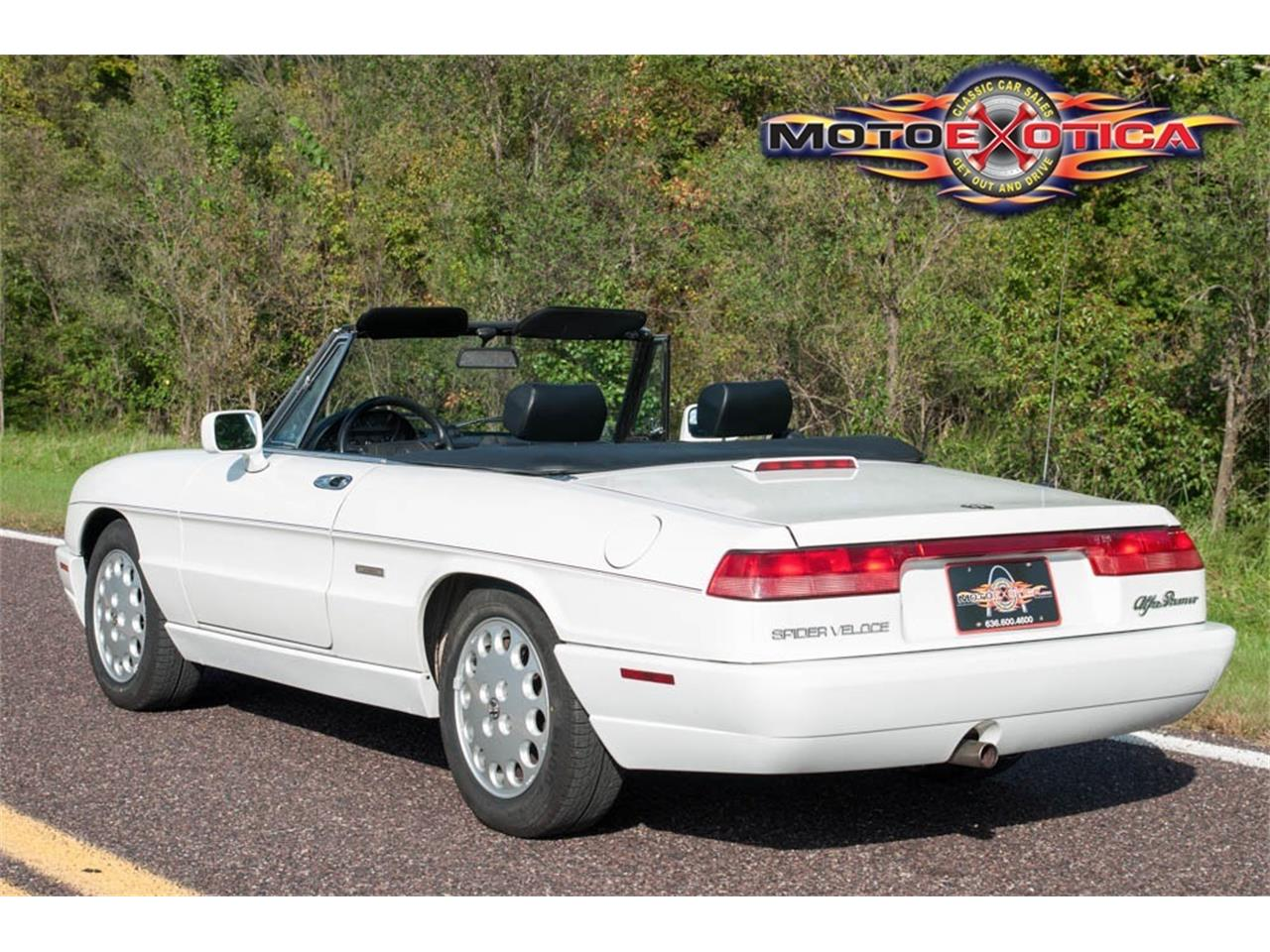Large Picture of '93 Alfa Romeo Spider - JIHY