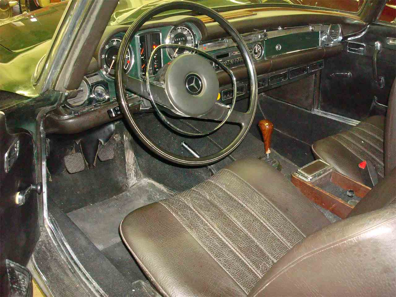 Large Picture of Classic 1969 280SL located in NAPERVILLE Illinois - $115,000.00 Offered by Naperville Auto Haus - JLLL