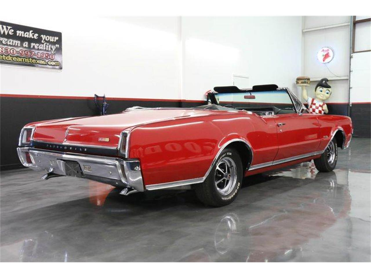 Large Picture of '67 Oldsmobile 442 located in Texas - $45,000.00 - JM0X