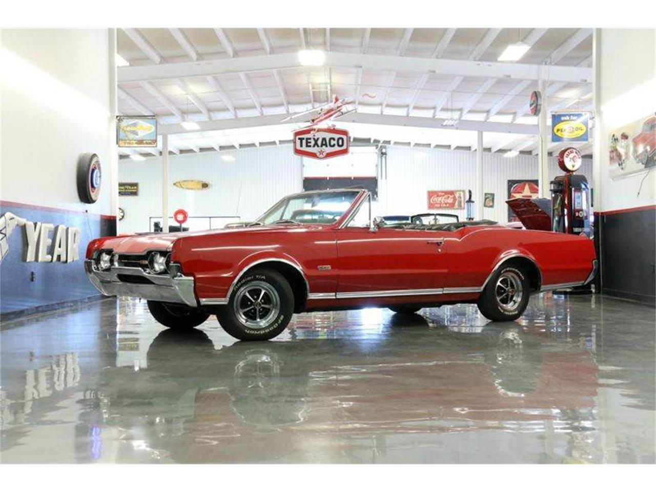 Large Picture of '67 Oldsmobile 442 located in Fredericksburg Texas Offered by Street Dreams Texas - JM0X