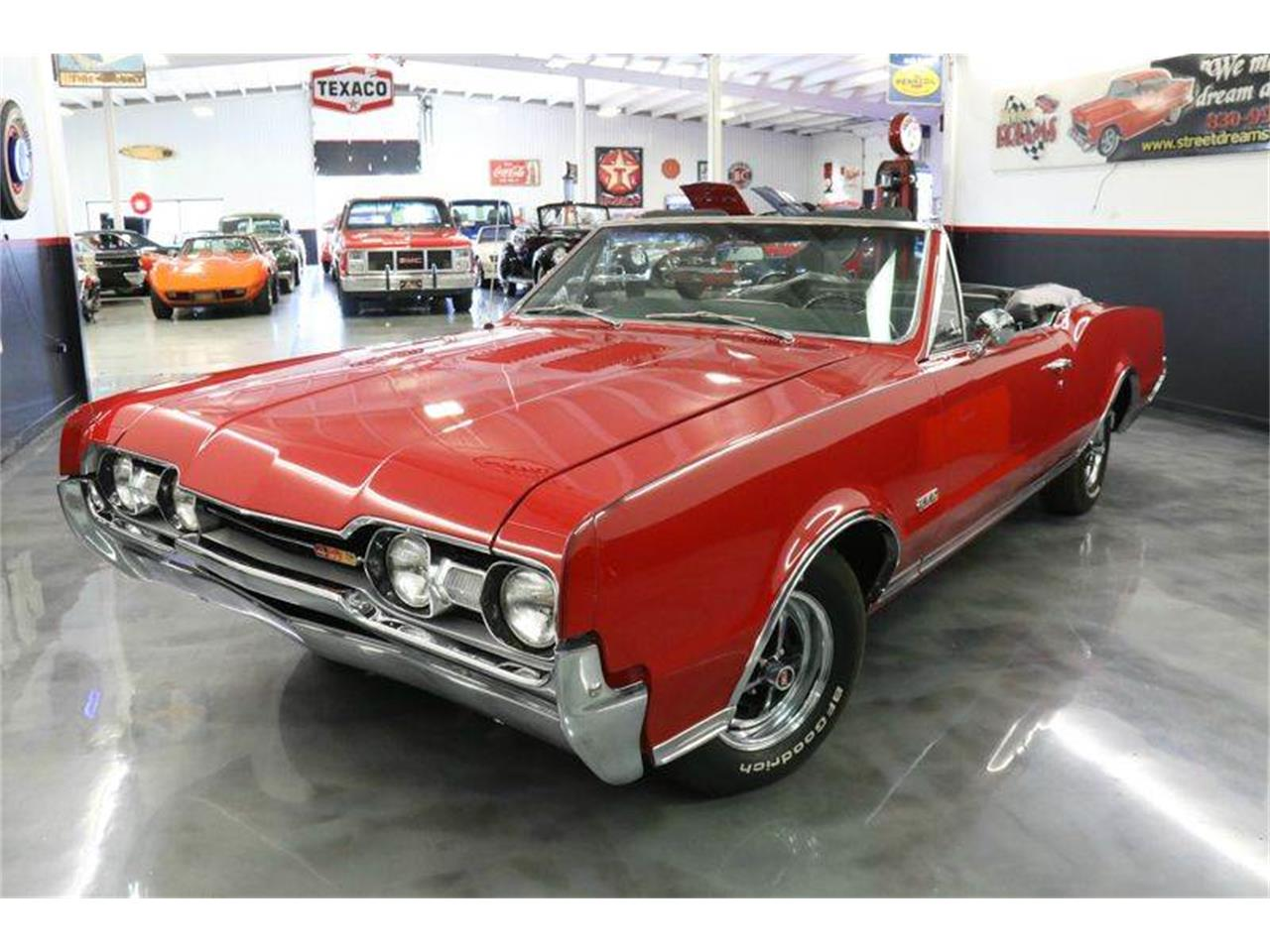 Large Picture of Classic '67 Oldsmobile 442 - $45,000.00 Offered by Street Dreams Texas - JM0X