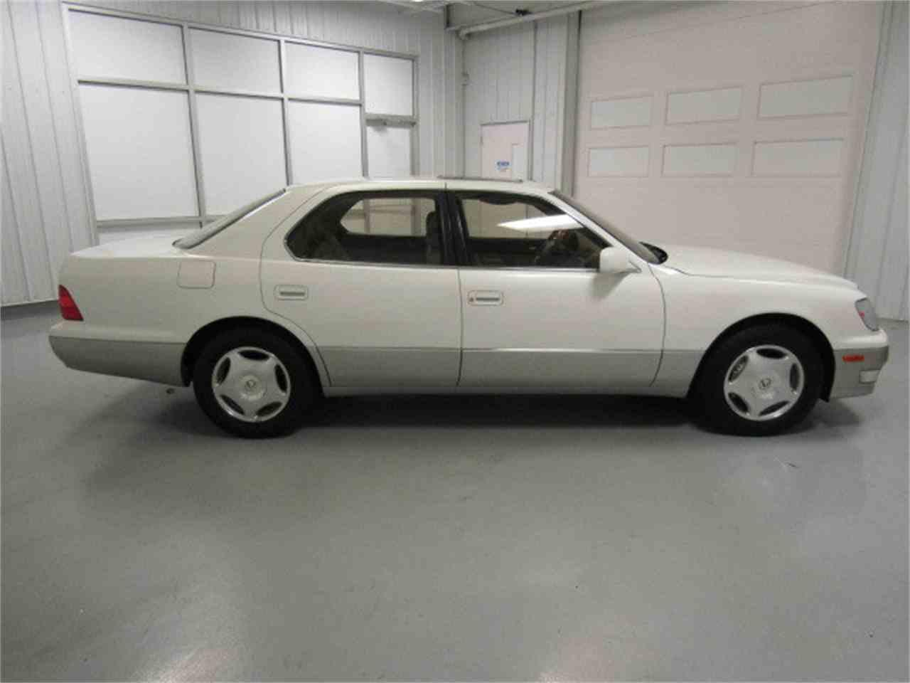Large Picture of '99 Lexus LS400 located in Virginia - $8,994.00 - JM33