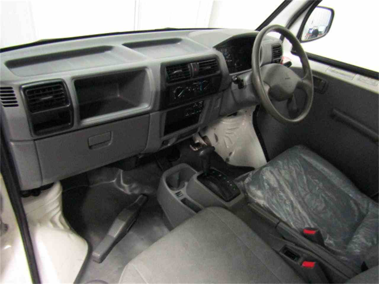 Large Picture of '06 MiniCab - JM3O