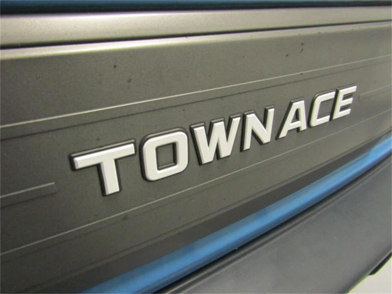 Large Picture of 1988 Toyota TownAce - JM3S