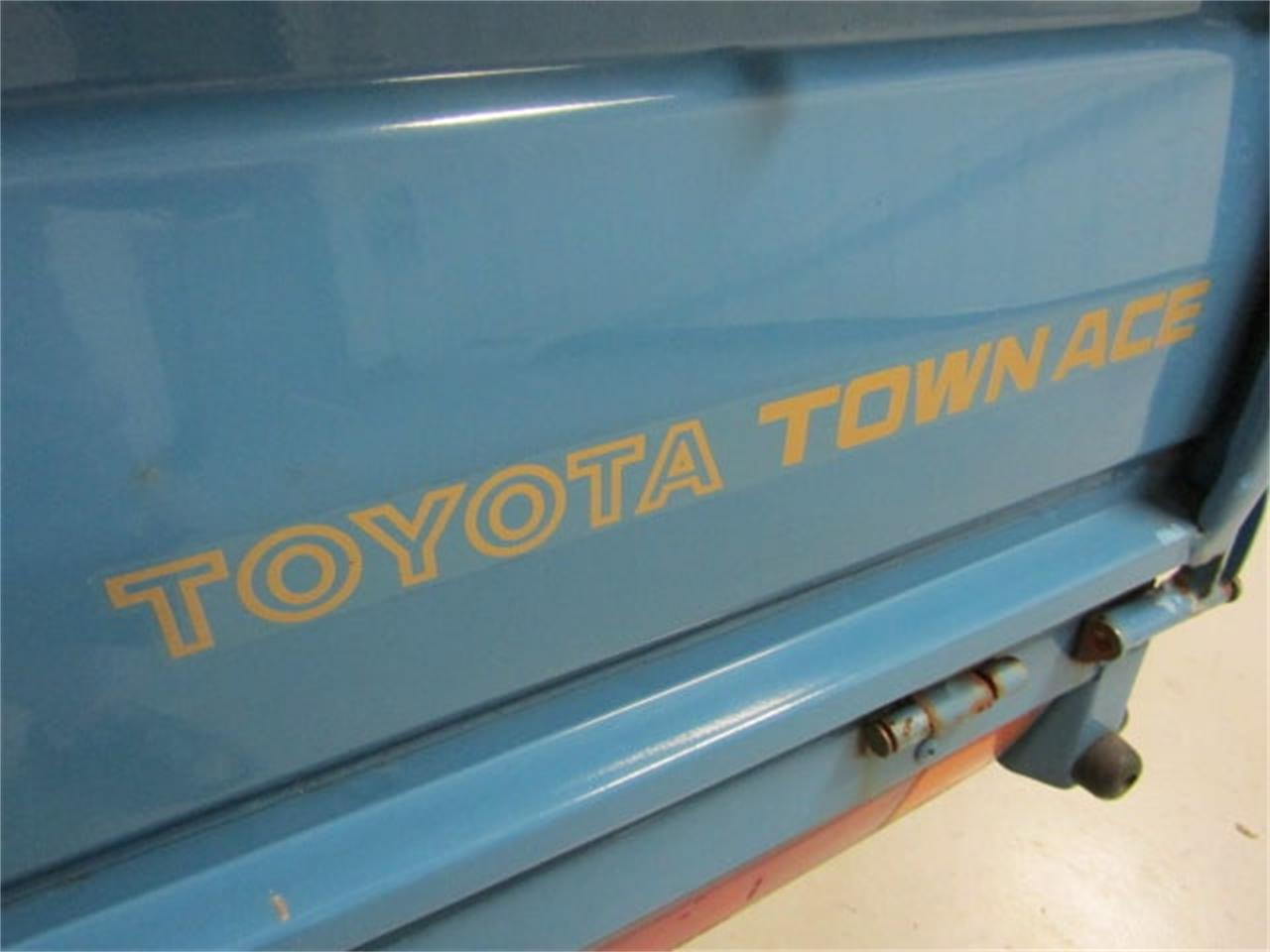 Large Picture of '88 Toyota TownAce - $8,900.00 - JM3S