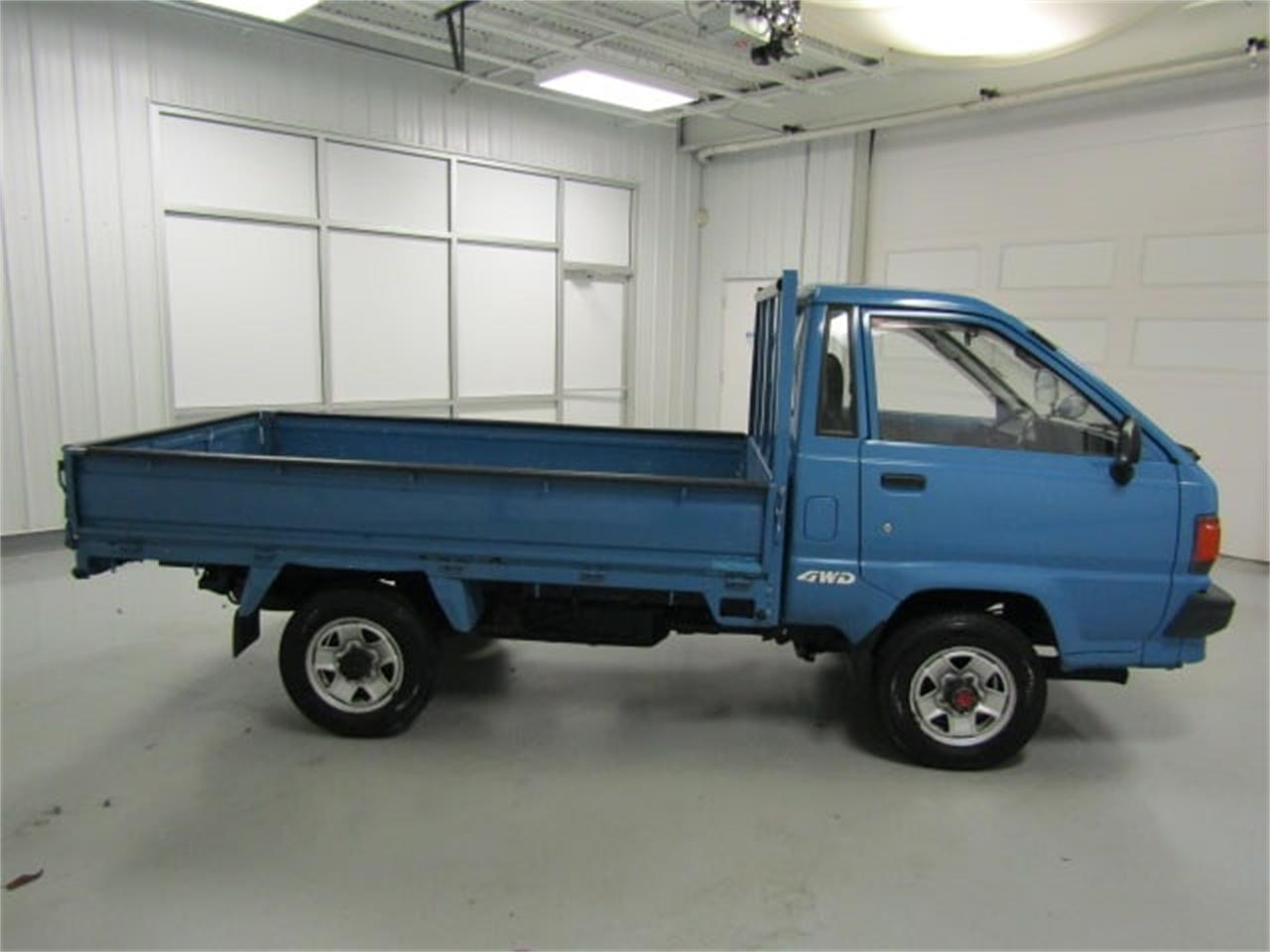 Large Picture of '88 Toyota TownAce located in Christiansburg Virginia - $8,900.00 - JM3S