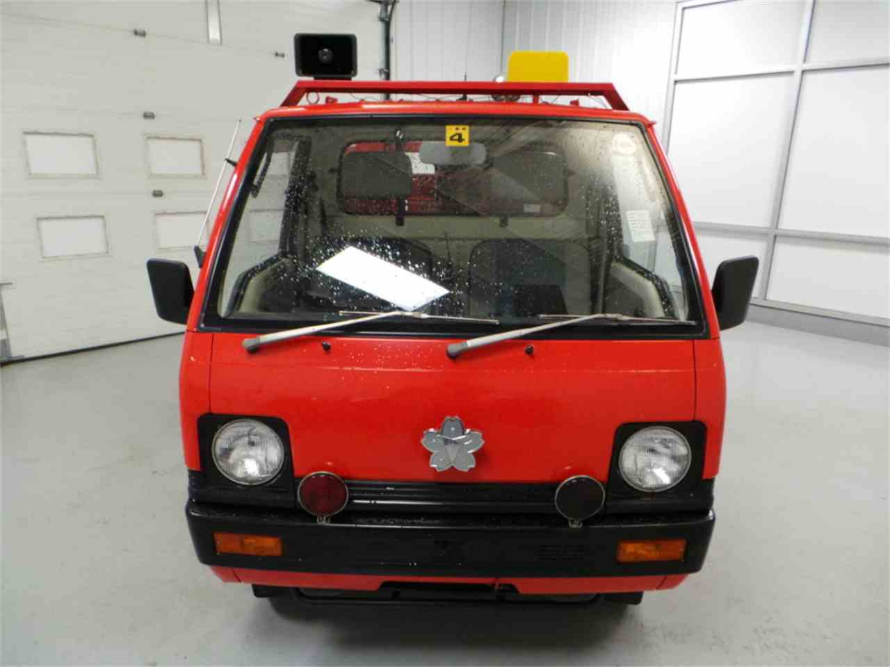 Large Picture of '87 MiniCab - JM4O