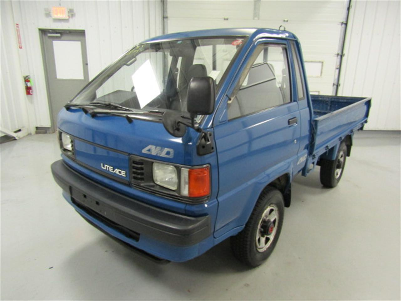 Large Picture of '90 Toyota LiteAce - $7,979.00 Offered by Duncan Imports & Classic Cars - JM5H