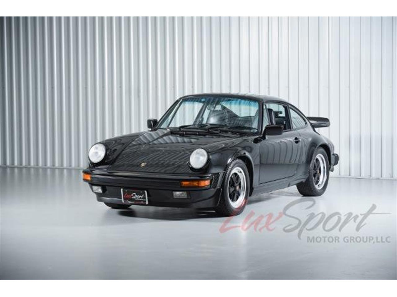Large Picture of '87 Porsche 911 Carrera located in New Hyde Park New York - JIKQ