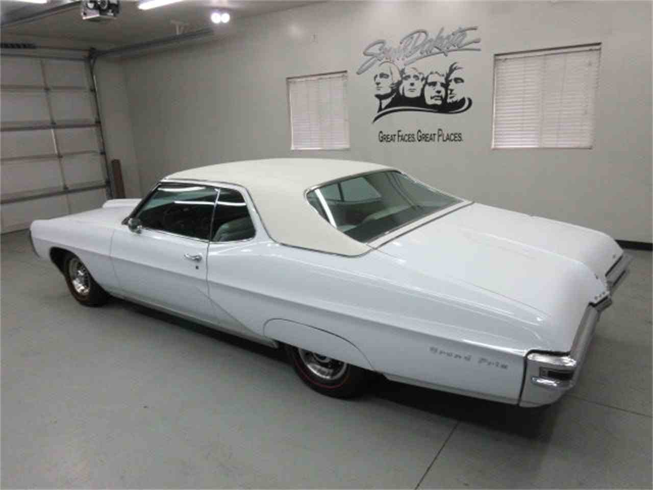 Large Picture of 1968 Pontiac Gr. Prix located in South Dakota - $23,975.00 - JMLP