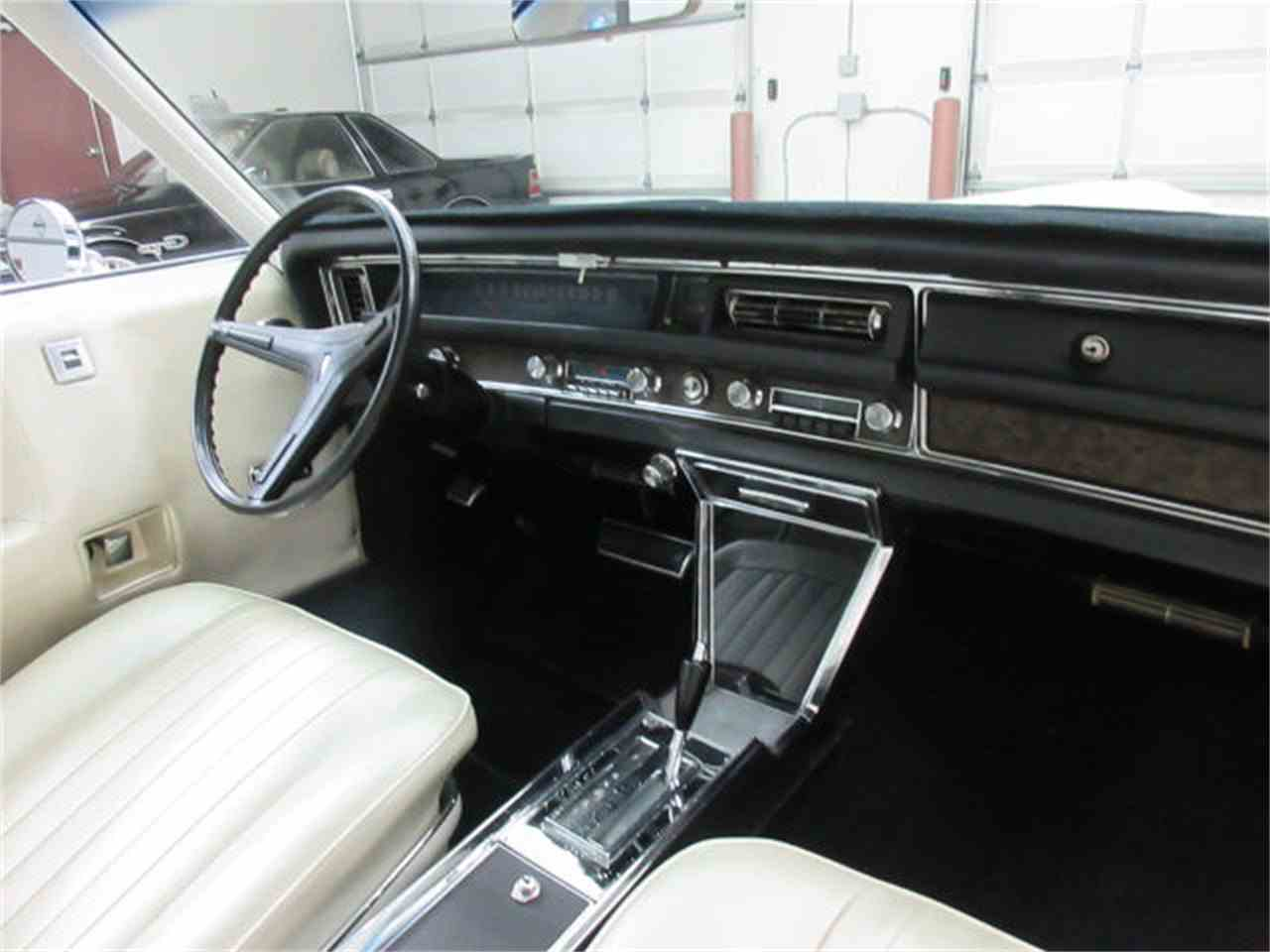 Large Picture of Classic '68 Pontiac Gr. Prix Offered by Frankman Motor Company - JMLP