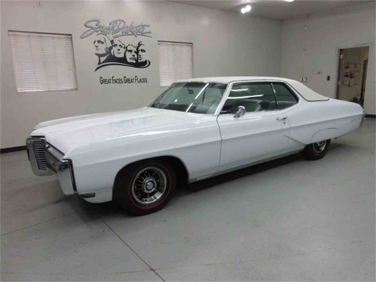 Large Picture of '68 Pontiac Gr. Prix Offered by Frankman Motor Company - JMLP