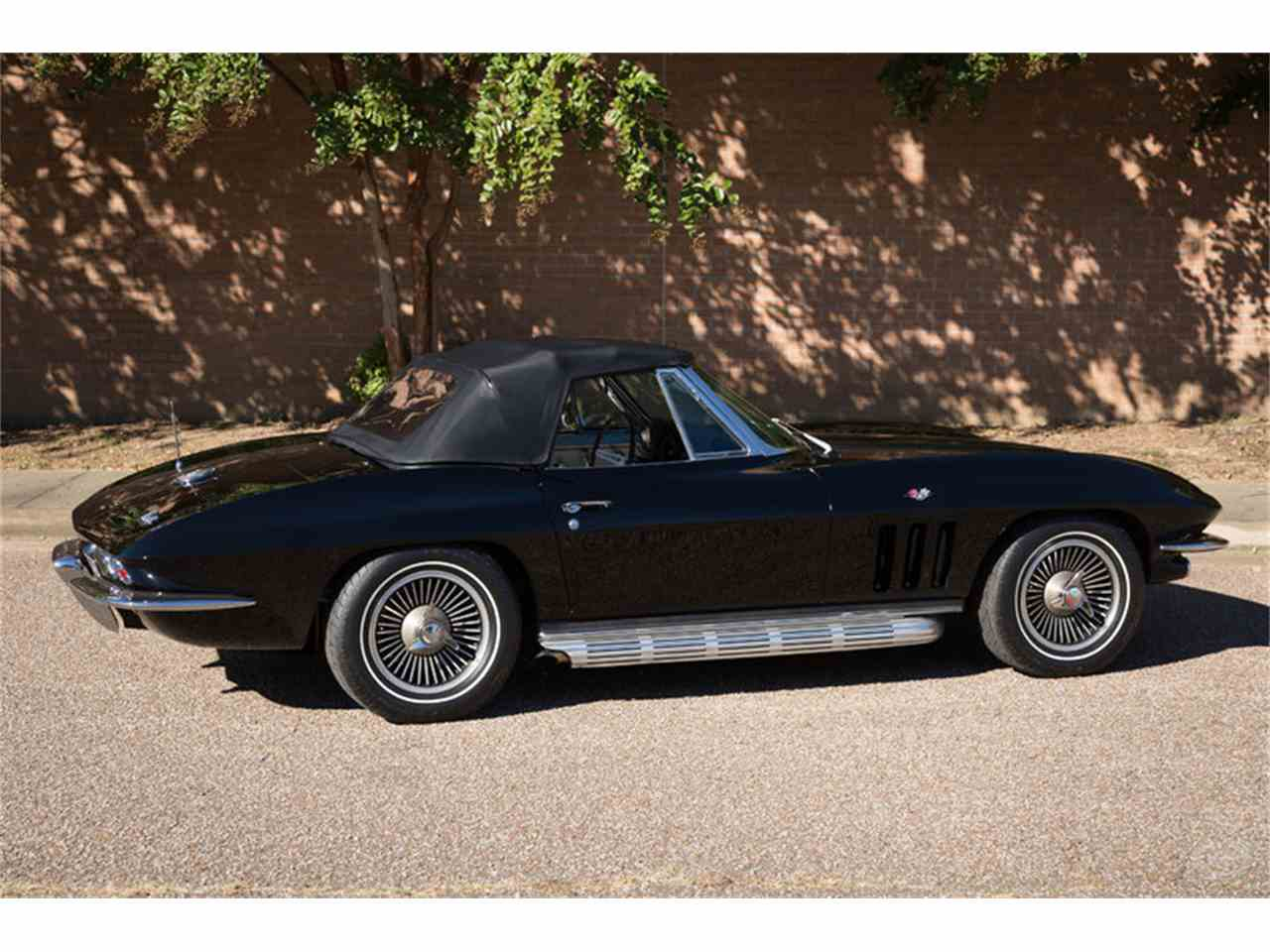 Large Picture of Classic 1966 Chevrolet Corvette - JMLY